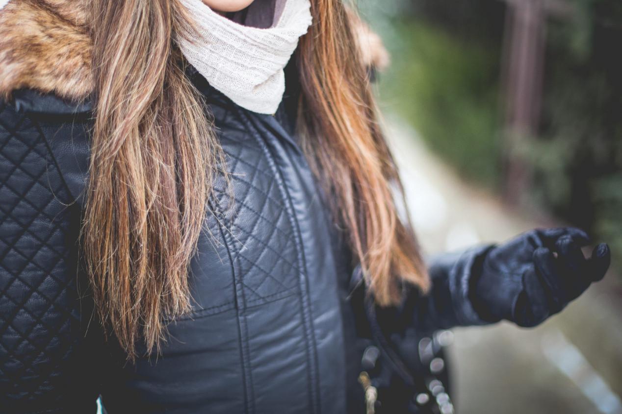 Перчатки кожаные женские: преимущества и виды кож